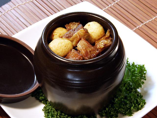 (四川)牛スジの秘伝タレつぼ煮