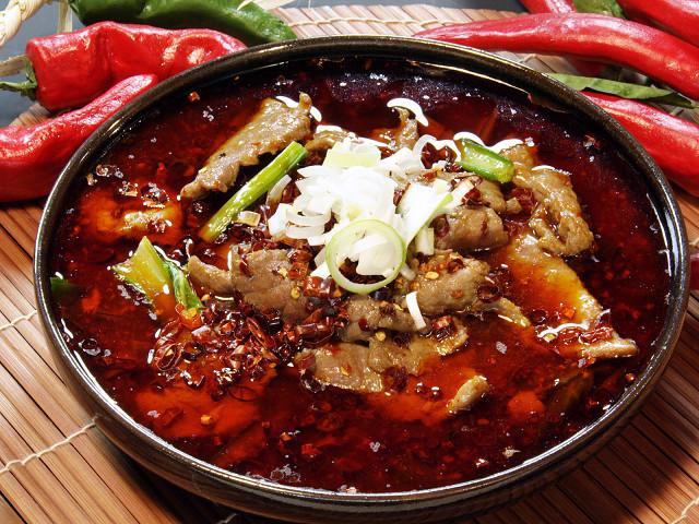 (四川)牛肉のサンショウ辛子煮